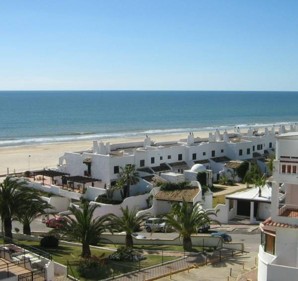 Apartamentos playa matalasca as en matalasca as infohostal for Cajeros en matalascanas