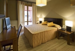 Hotel H con Encanto,Monzón (Huesca)