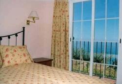 Apartamentos Balcon de Carabeo,Nerja (Málaga)