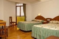 Hotel Urgain II,Oronoz (Navarra)