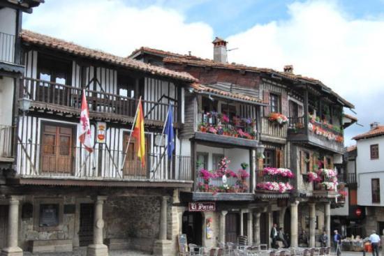 Hostal san blas en la alberca infohostal for Alberca pueblo de salamanca