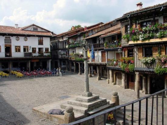 Hotel las batuecas en la alberca infohostal for Calle alberca 9 boadilla del monte