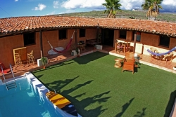 Albergue Twin Fin Surf Hause,Adeje (Tenerife)