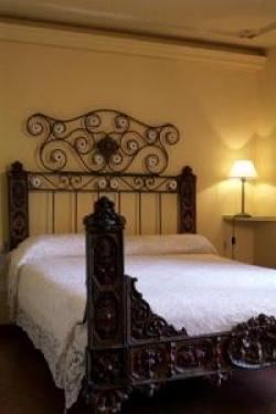Hotel Cal Sastre,Santa Pau (Girona)