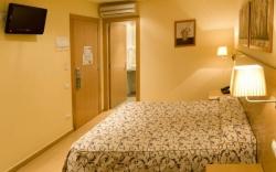 Hotel Ciutat De Sant Adria,Sant adria de besos (Barcelona)
