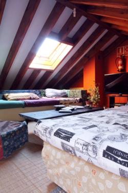Duermevela Hostel,Segovia (Segovia)