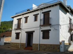 Casa Rural Entrepinares,Segura de la Sierra (Jaén)