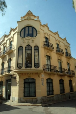 Hotel El Xalet-Noucentista