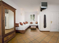 Hotel 100% Fun,Tarifa (Cádiz)