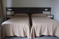 Hotel M.R.,Tarragona (Tarragona)