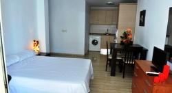 Apartamentos Villa Livia,Torremolinos (Malaga)