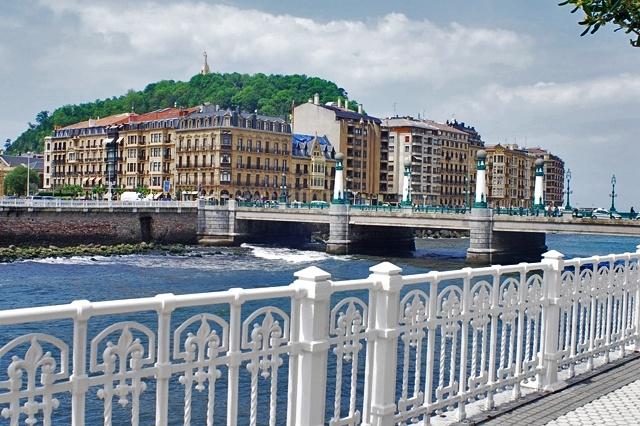 Pensões E Albergues Em San Sebastián Reserve Hostal Baratos Em San Sebastián Infohostal