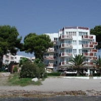 Aparthotel Caballito al Mar