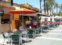 Cocktails Lounge Terrace