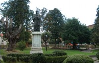 Monumento a Posada Herrera