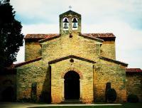 Iglesia de San Juli�n de los Prados