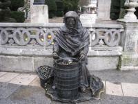 Escultura de la Casta�era