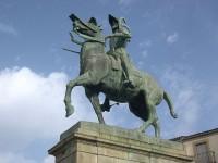 Estatua Ecuestre Francisco Pizarro