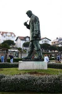 Monumento a Jos� R�o Sainz
