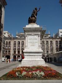 Plaza Porticada o Plaza Velarde