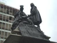 Monumento de la Reina Isabel y Col�n