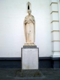 Monumento al Padre Miravent