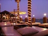 Malib� Beach Bar