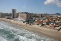 Playa del Barco Perdido (playa Entremares)