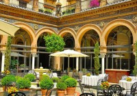 Hotel Alfonso XIII (Recinto Ferial)