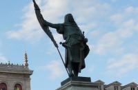 Monumento al Conde Ansúrez