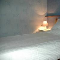Hostal Tusker Lodge Hotel