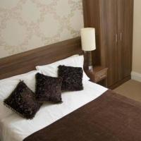 Hostal Gullivers Hotel - B&B