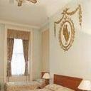 Hostal Wigmore Court Hotel