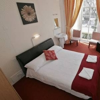 Hostal Lomond Hotel