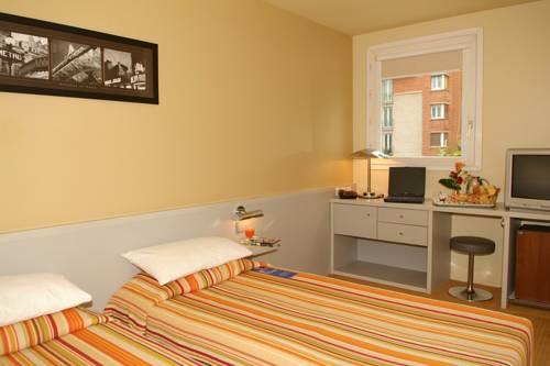 Hotel median paris porte de versailles en paris infohostal - Hotel median paris porte de versailles ...