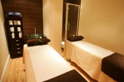Hostal Urban House & Urban Retreat Spa