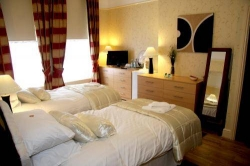 Hostal Beech Mount Grove Suites
