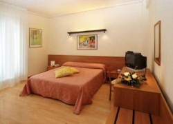 Hotel Tirrenus Perugia