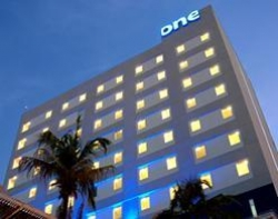 Hotel One Acapulco Costera