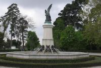 Plaza del Ángel Caído
