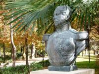 Monumento a Van-Halen y Sarti