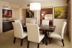 Hotel Sheraton Suites Chicago Elk Grove