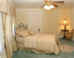 Artesia House Bed and Breakfast