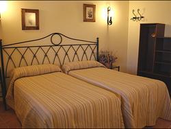 Hotel Rural Almoratín