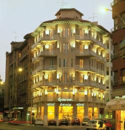 Hotel  Husa Avenida