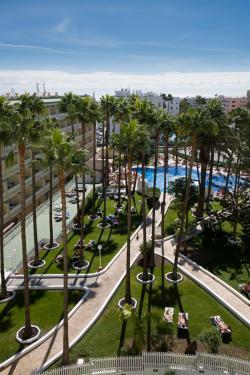 Aparthotel Playa del Sol